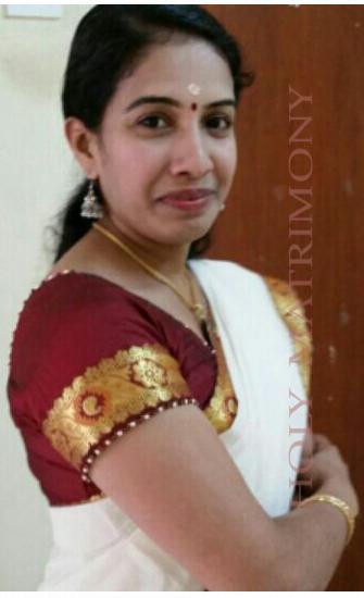 Hindu pulaya girls